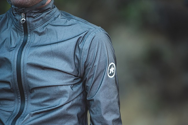 Assos Mens Equipe RS Schlosshund Rain Jacket  EVO Assos Mens Equipe RS Schlosshund Rain Jacket  EVO