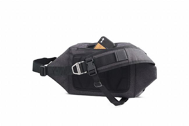 Chrome Vale Sling Bag 2.0 Chrome Vale Sling Bag 2.0