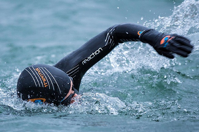 Blueseventy Womens Thermal Reaction Wetsuit (2021) Blueseventy Womens Thermal Reaction Wetsuit