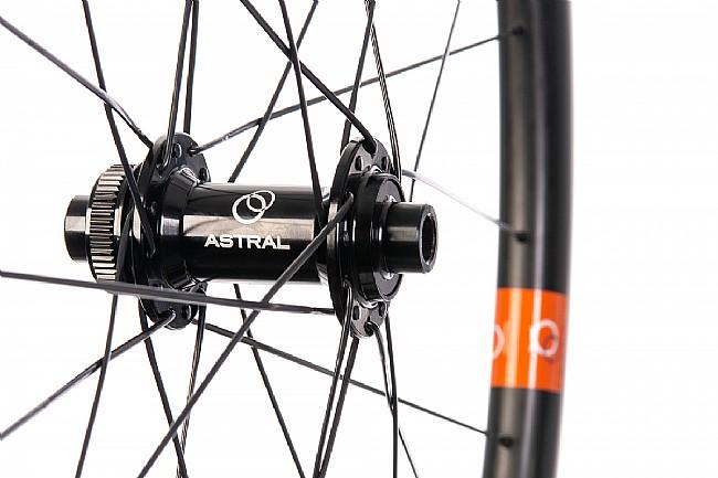 Astral Veil3 Stage One Disc Brake Wheelset Astral Veil3 Stage One Disc Brake Wheelset
